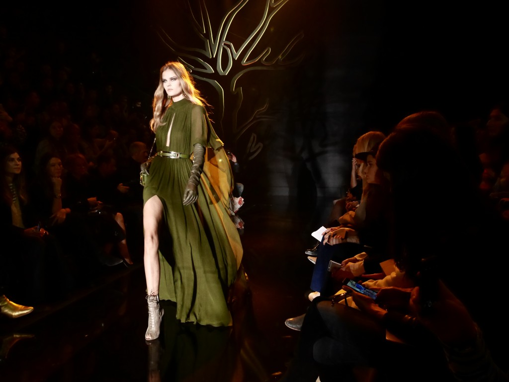 ELIE SAAB FALL-WINTER 2015 PARIS FASHION WEEK EXCLUSIVE RUNWAY COVERAGE FRANK PERRIN