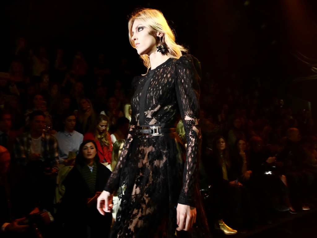 ELIE SAAB FW 2015 PARIS FASHION WEEK EXCLUSIVE RUNWAY COVERAGE FRANK PERRIN ANJA RUBIK