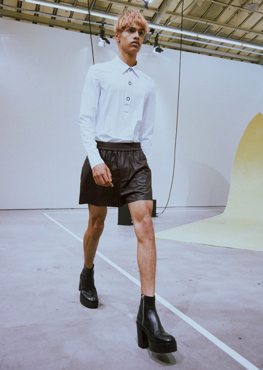 ad526af97674 ... Acne StudiosMen SS16   Crash Magazine Paris exclusive Paris Fashion  Week coverage ...