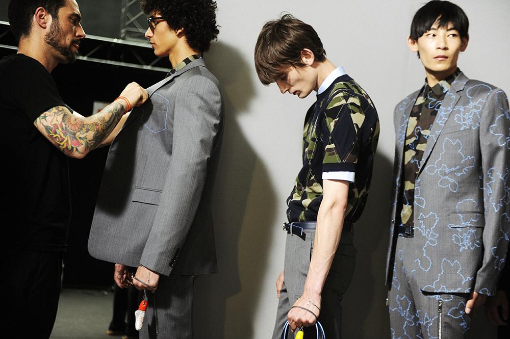 Dior Homme/SS16 backstage by Elise Toïdé / Crash Magazine