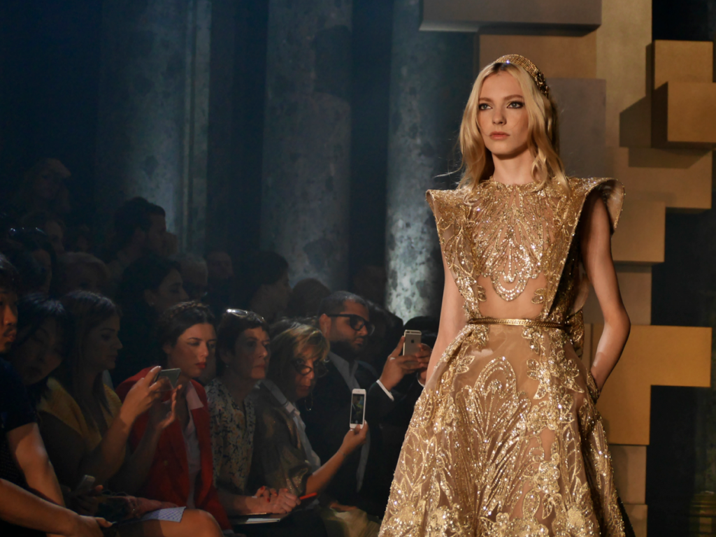 Elie Saab Haute Couture Fall-Winter 2015-2016 in Paris