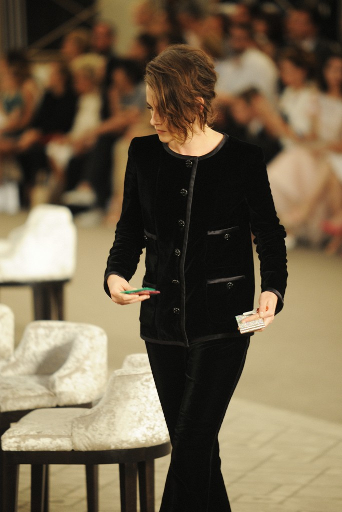 Kristen Stewart ChanelHaute Couture FW15 by Elise Toïdé_Crash Magazine