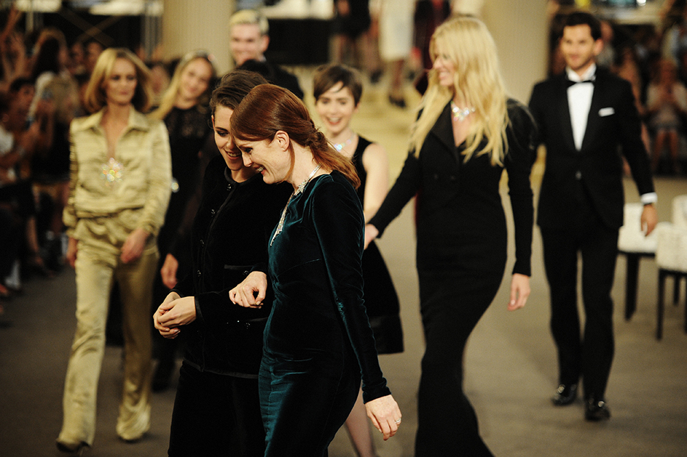 ChanelHaute Couture FW15 by Elise Toïdé_Crash Magazine Kristen Stewart Julianne Moore