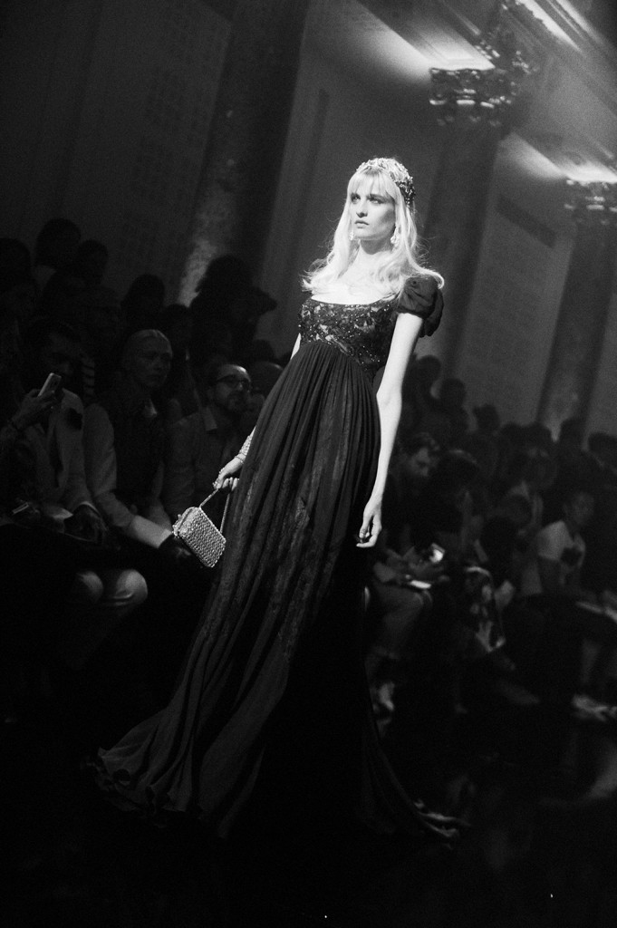 ElieSaab Haute Couture Fall-Winter 2015 collection, pictures by Crash photographer EliseToïdé