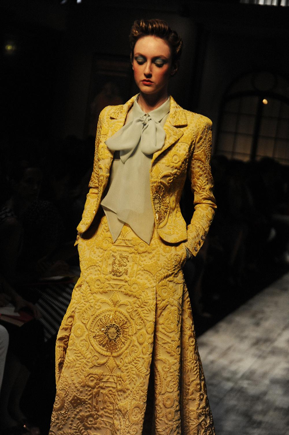 Schiaparelli Haute Couture Fw15 Paris Crash Magazine