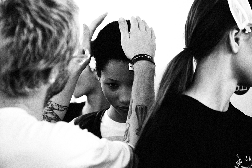 Anthony Vaccarello SS16 backstage pictures by our photographer Elise Toidé