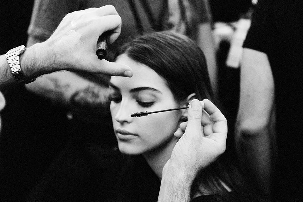 Backstage beauty at Elie Saab SS16 by Elise Toïdé Paris Fashion Week Crash Magazine Camille Hurel