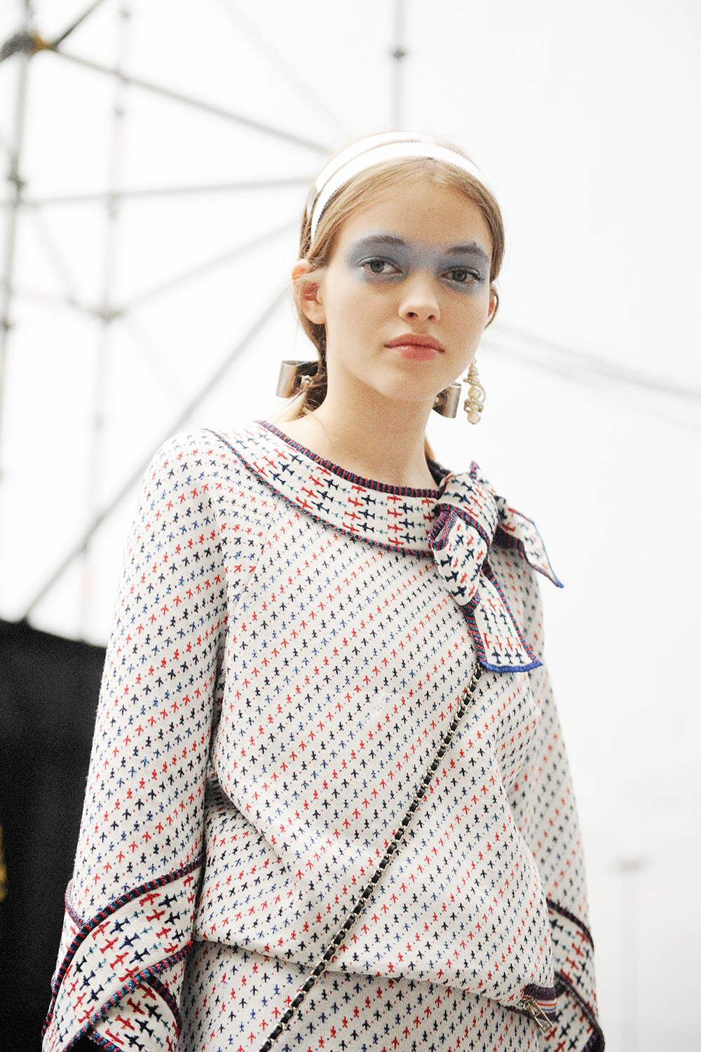 Backstage At Chanel Ss16 Show Chanel Airlines Crash