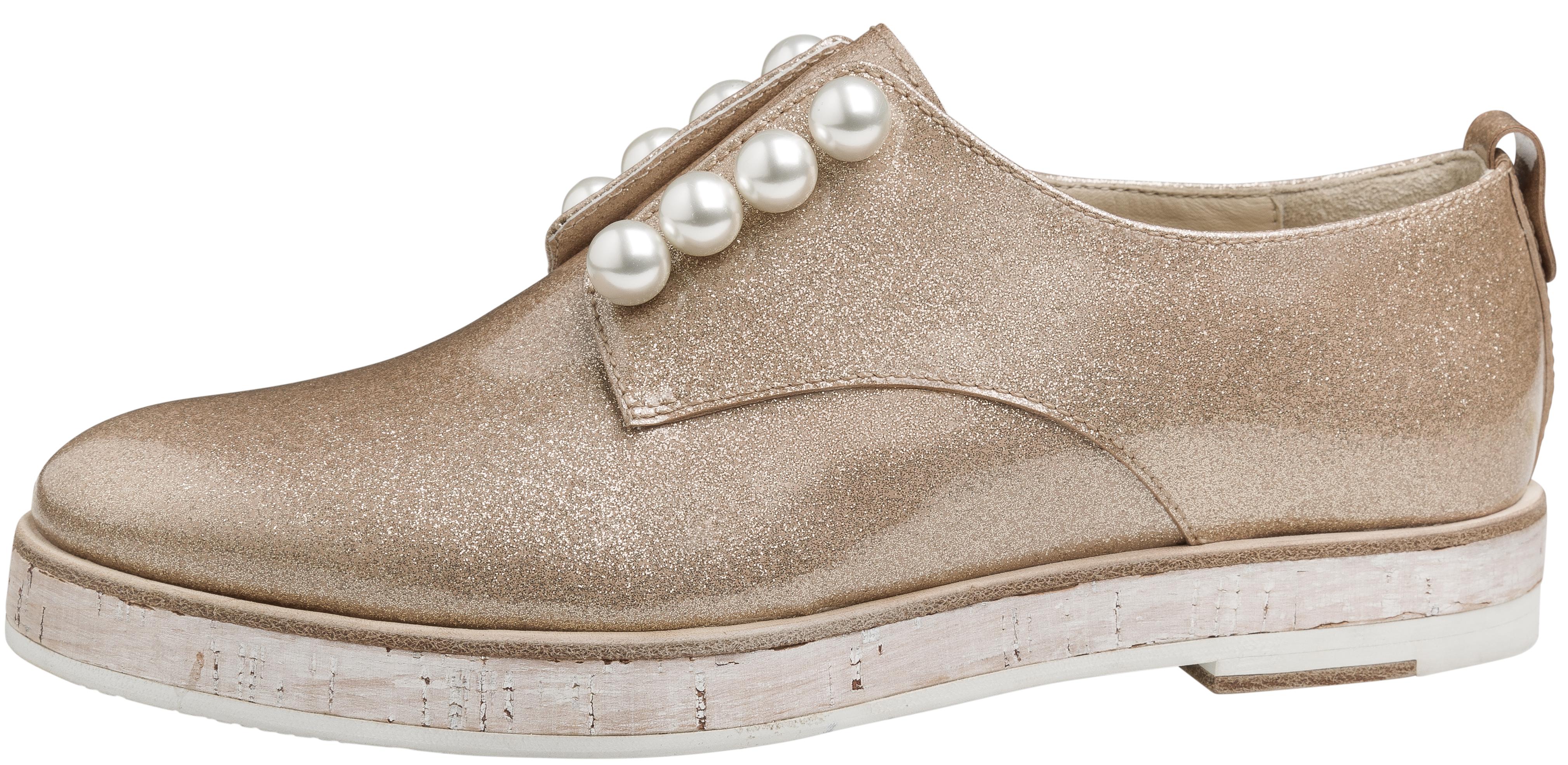 Does Anyone Buy Italian Made Shoes