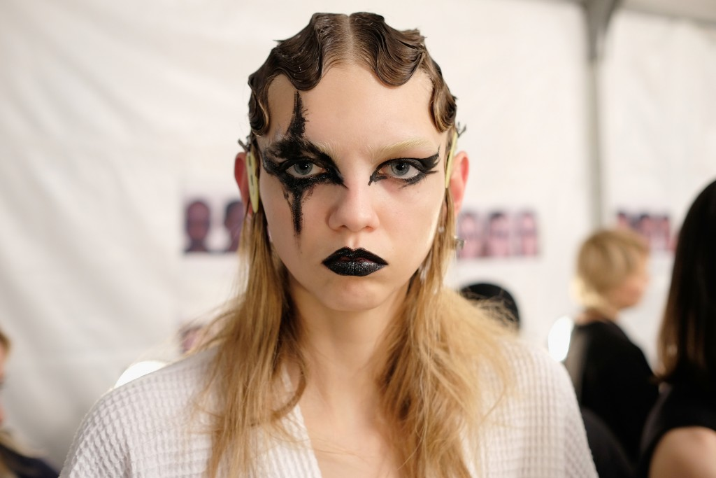 Marc Jacobs Fall 2016 Show - Backstage
