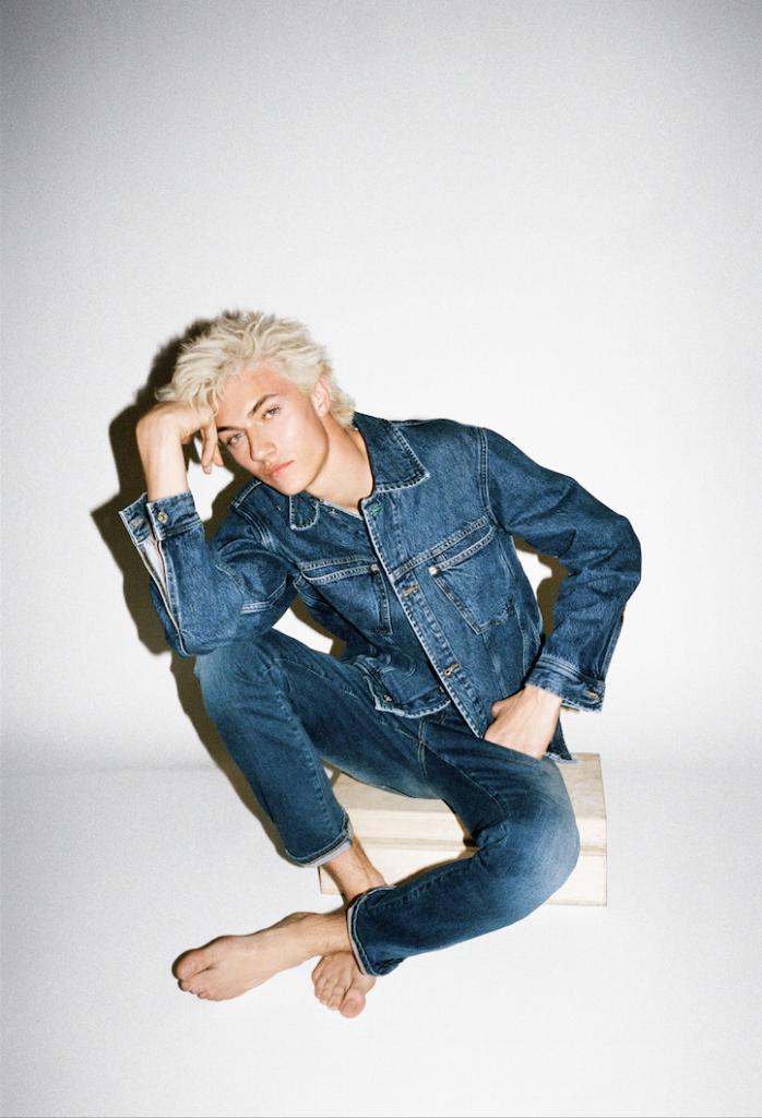 Tommy Jeans Crash Magazine 3