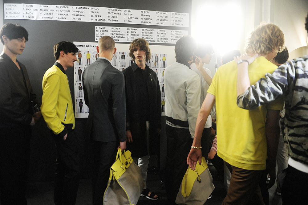 d0120b85db ... Backstage Hermès Men's SS17 Paris Men Fashion Week Crash Magazine Elise  Toïdé