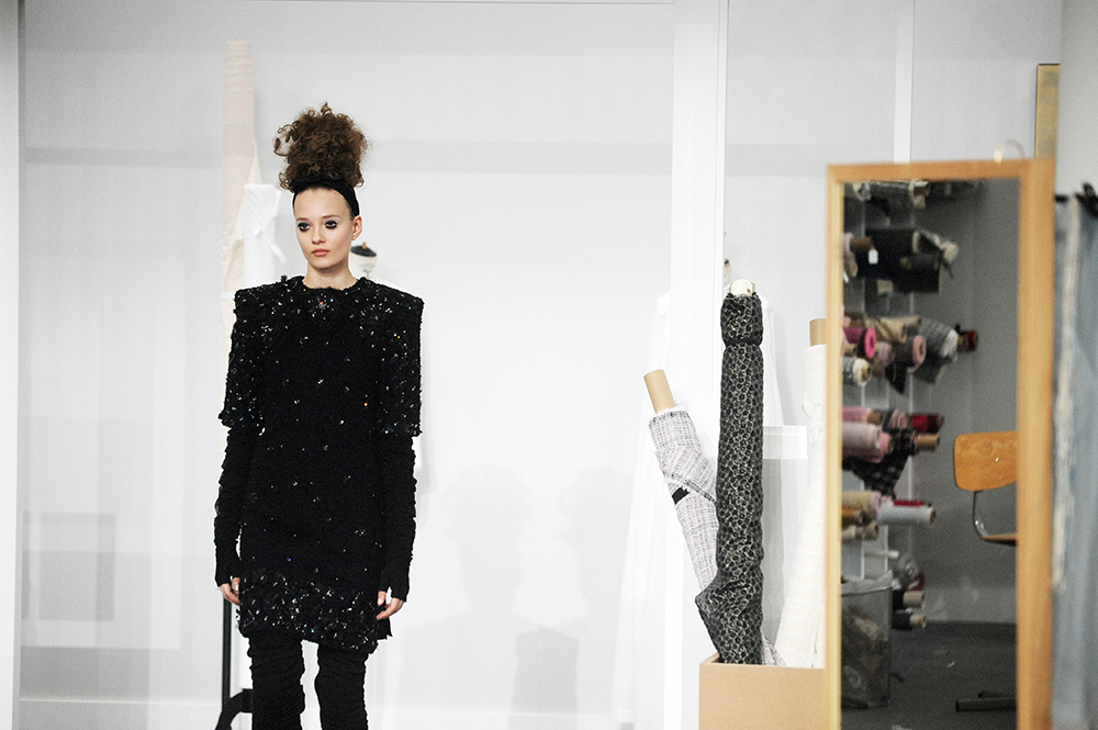 Alicja Tubilewicz Chanel Haute Couture Fall Winter 2016 Paris Fashion Week Crash Magazine Les Ateliers de Chanel Elise Toïdé