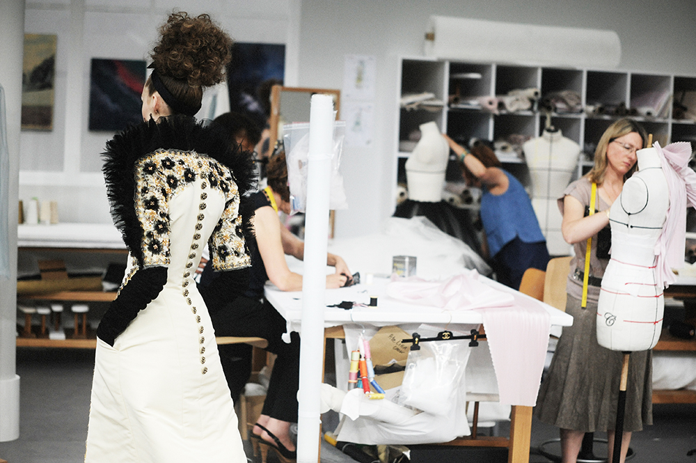 Ala Sekula Chanel Haute Couture Fall Winter 2016 Paris Fashion Week Crash Magazine Les Ateliers de Chanel Elise Toïdé