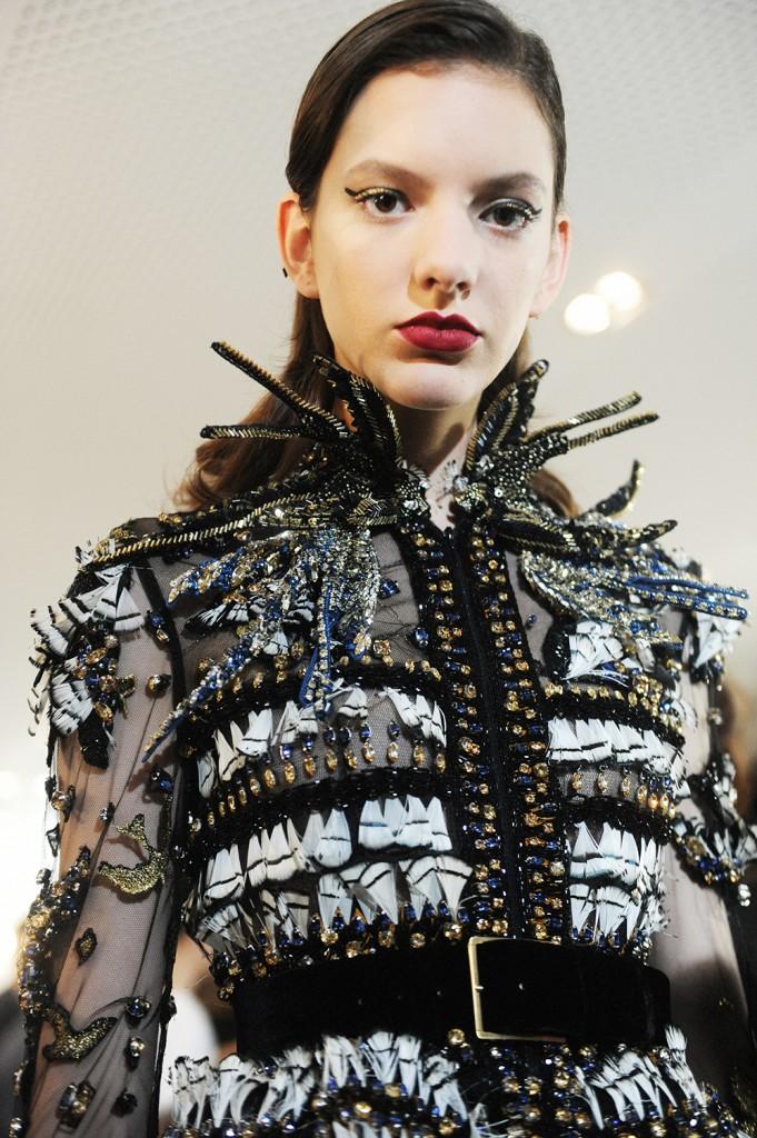 Elie Saab haute Couture AW16 Caroline Reagan - Crash magazine