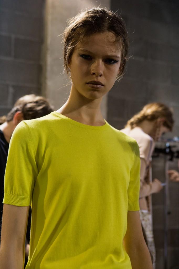 No21 SS17 backstage Milan Fashion Week womenswear Crash Magazine by Tassili Calatroni