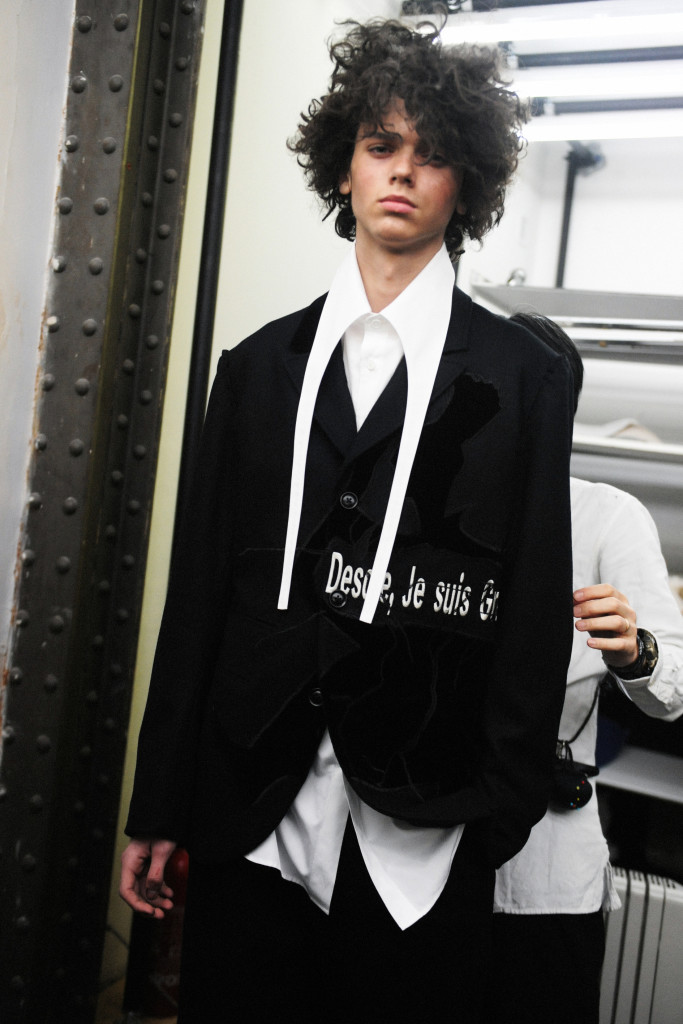BACKSTAGE AT YOHJI YAMAMOTO FALL WINTER 2017/18 MENSWEAR SHOW CRASH MAGAZINE