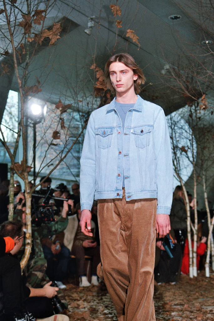 Off White Fall Winter 2017-2018 menswear collection in Paris - Crash Magazine