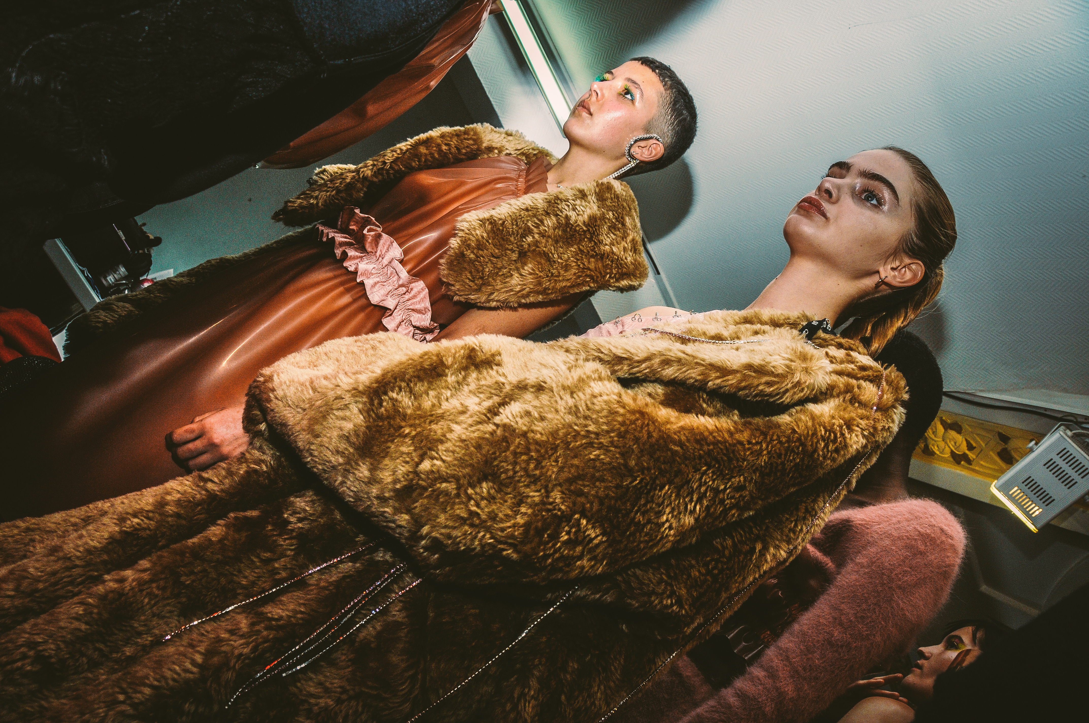 BACKSTAGE NEITH NYER FALL-WINTER 2017/2018 COLLECTION – PARIS