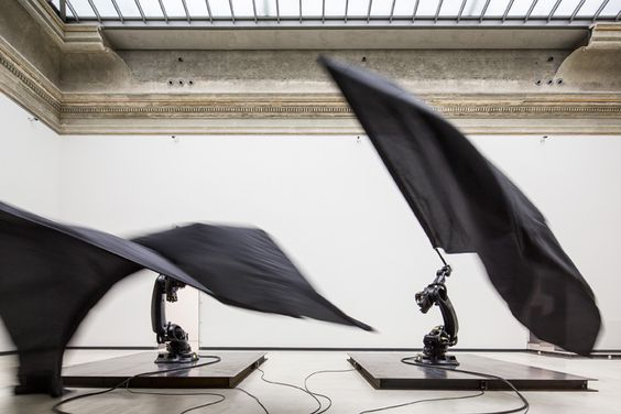 William Forsythe, Black Flags, 2014 © David Brandt