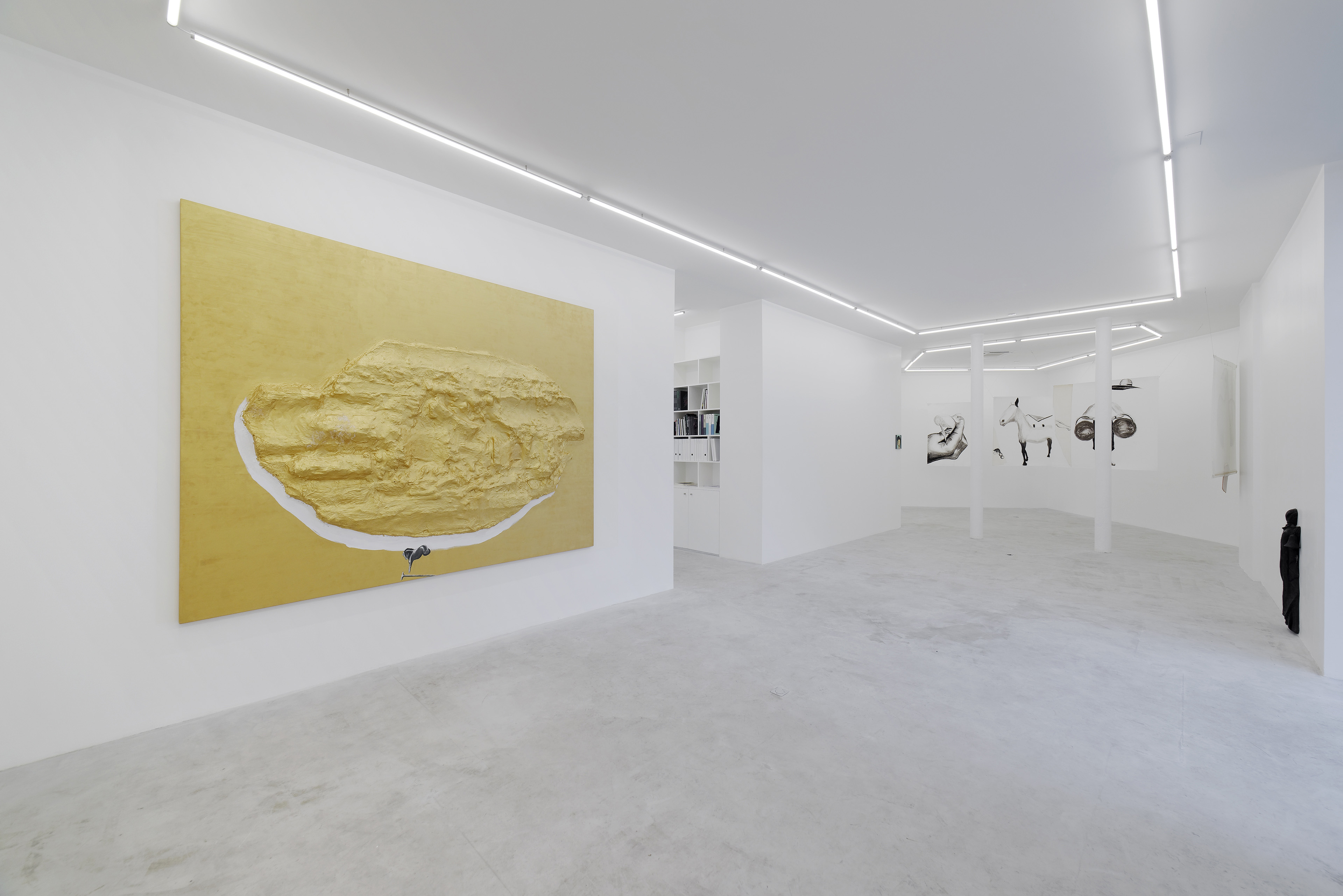 ENZO CUCCHI AT GALERIE BALICE HERTLING