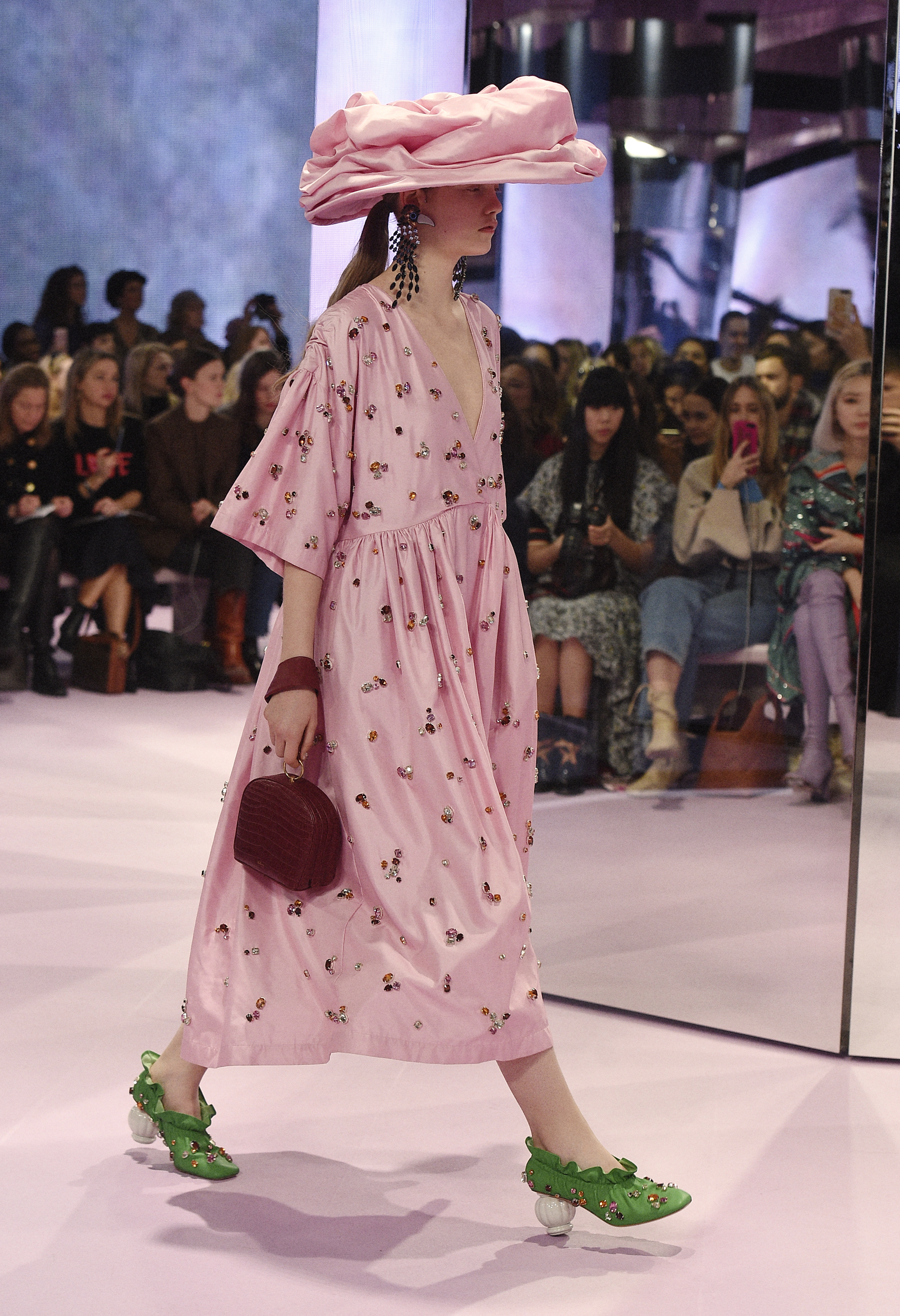SWEET BRITISHISM AT MULBERRY S/S 2018
