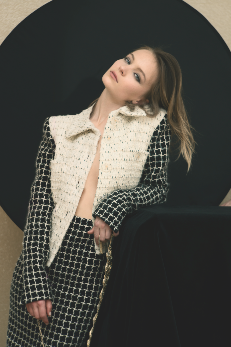 Chanel - Jacket and skirt in off-white and black fantasy tweed