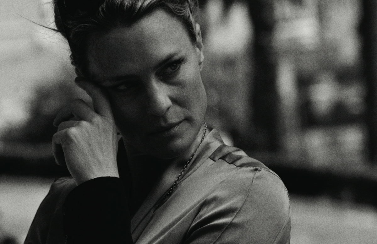 FASHION STORY WITH ROBIN WRIGHT BY SAM SAMORE IN CRASH #53