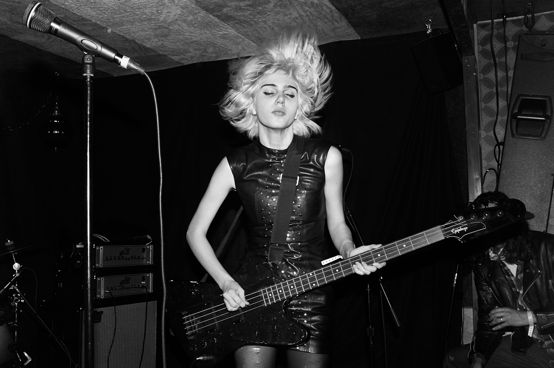 SAINT LAURENT PRIVATE SESSIONS BY HEDI SLIMANE