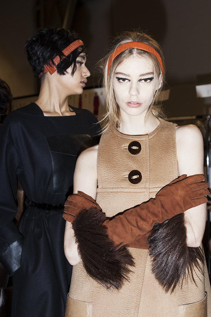 BACKSTAGE AT FENDI FALL-WINTER 2015 MILAN
