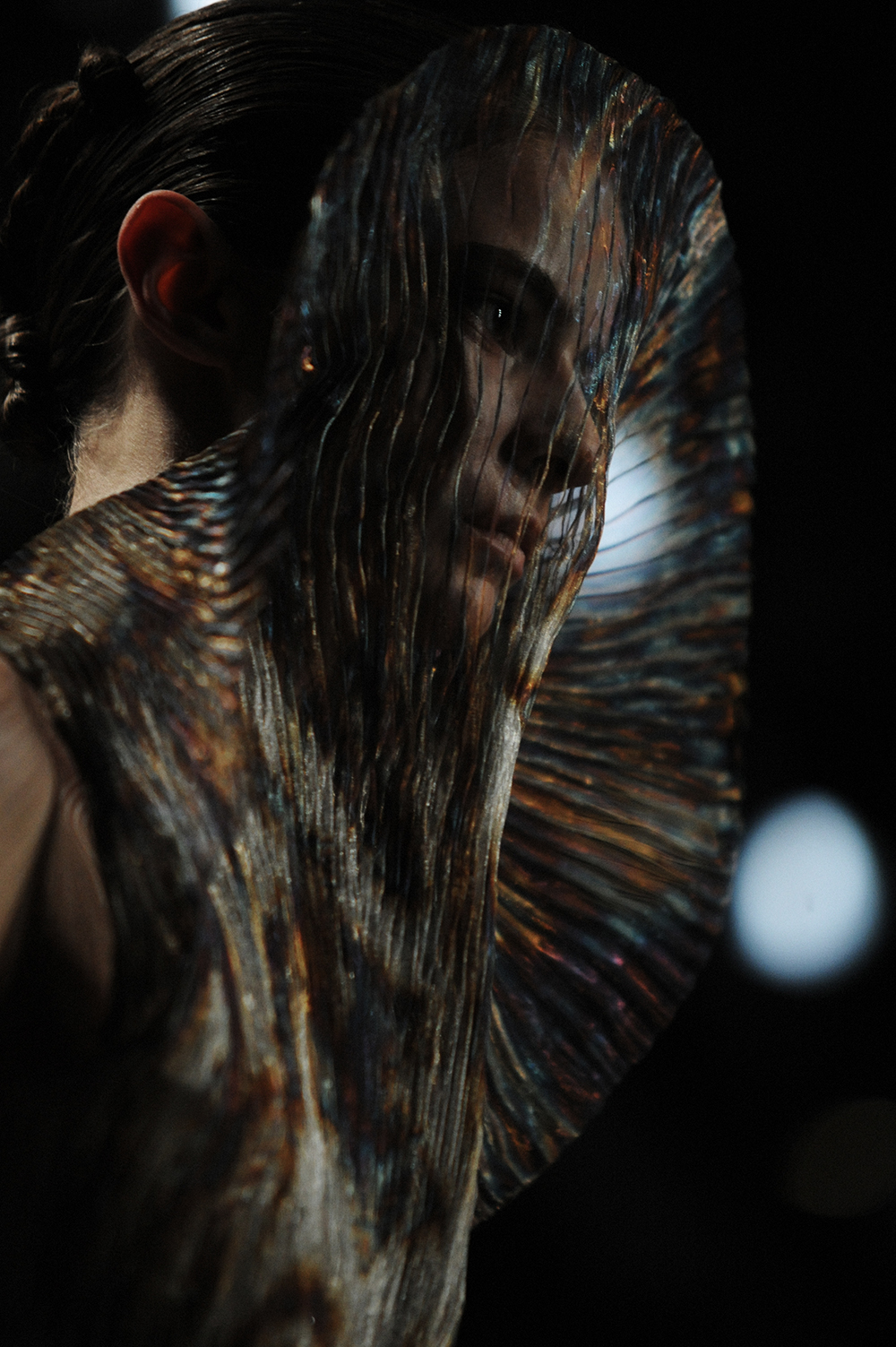 Good Watch Brands For Men >> BACKSTAGE AT IRIS VAN HERPEN FALL-WINTER 2015