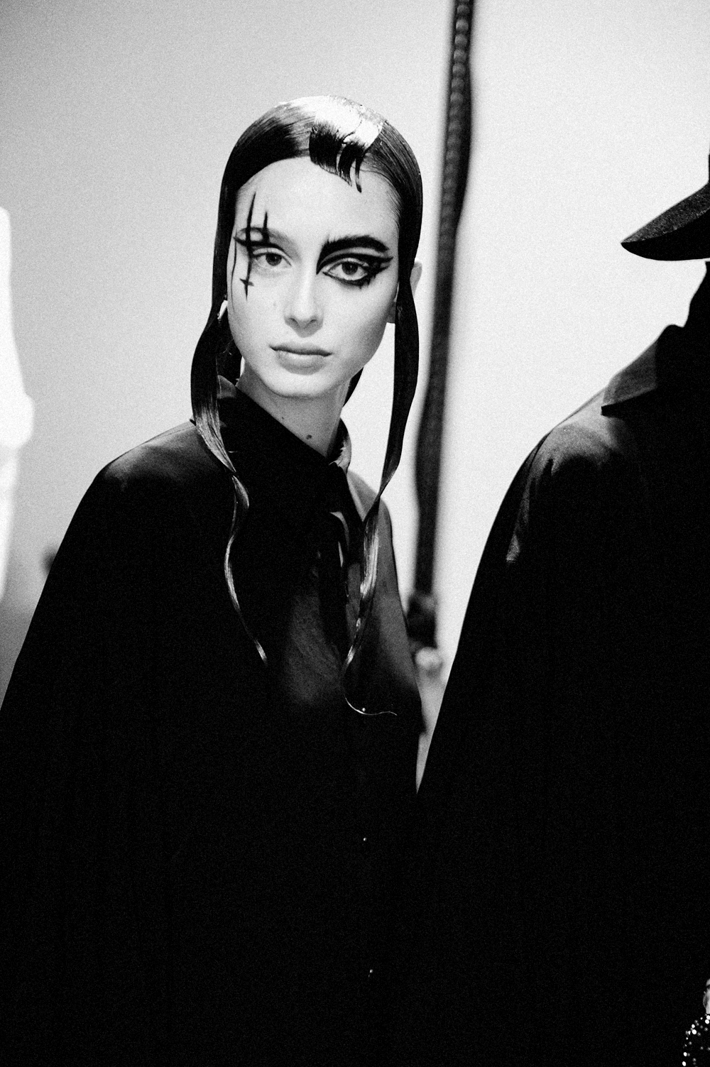 BACKSTAGE AT YOHJI YAMAMOTO FALL-WINTER 2015 PARIS