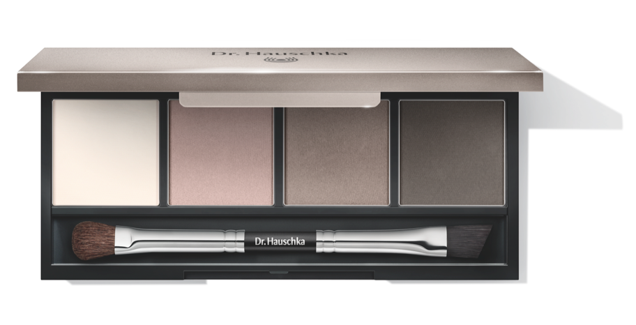 Dr. Hauschka new products for its Fall-Winter 2015 collection: plaette of make-up for four different looks, and an exclusive skincare serum we should use every night