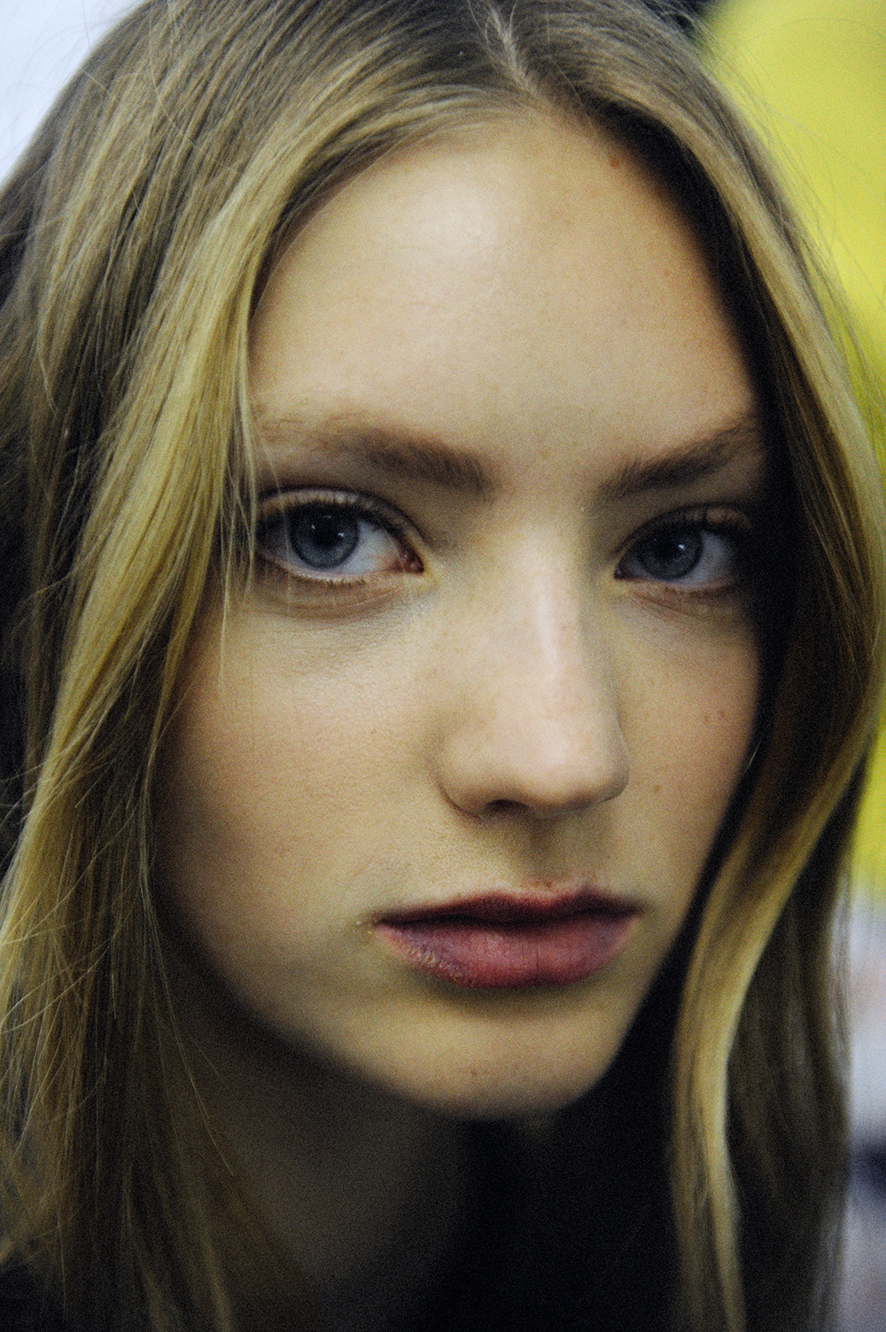 BACKSTAGE AT CARVEN SPRING-SUMMER 2016 PARIS