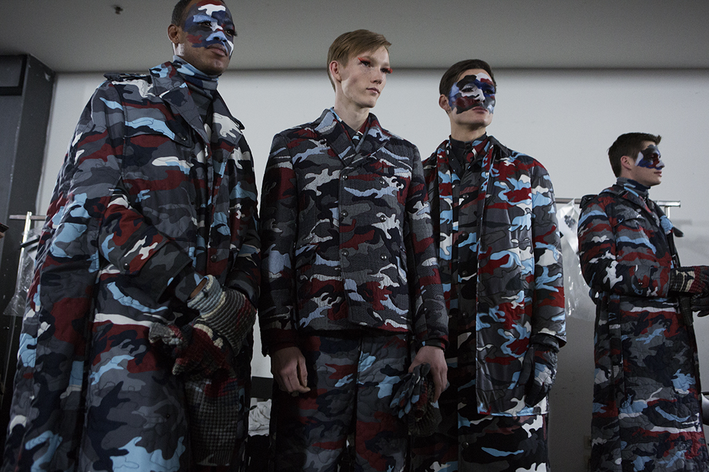 BACKSTAGE AT MONCLER GAMME BLEU FALL-WINTER 2016 MILAN