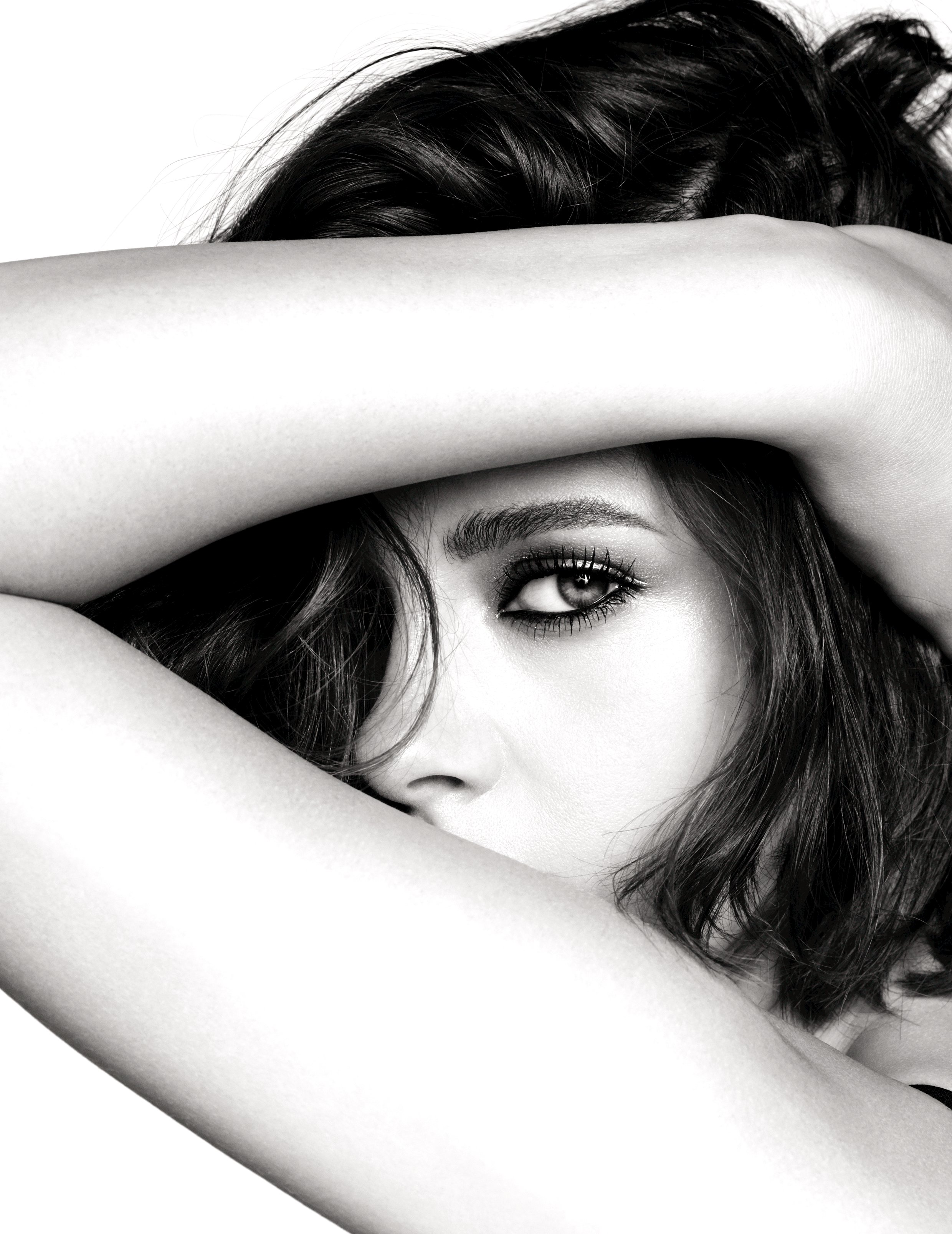 KRISTEN STEWART IS THE NEW FACE OF CHANEL MAKE UP