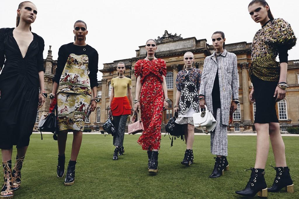 DIOR-CRUISE-2017 Group_shot_@ Daniel Jackson for Dior